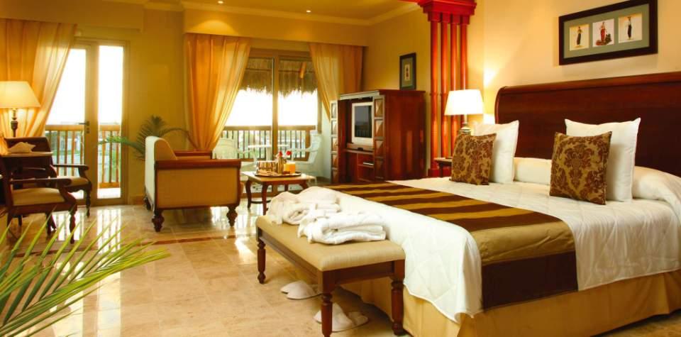 valentin+Golden+Junior+Suite