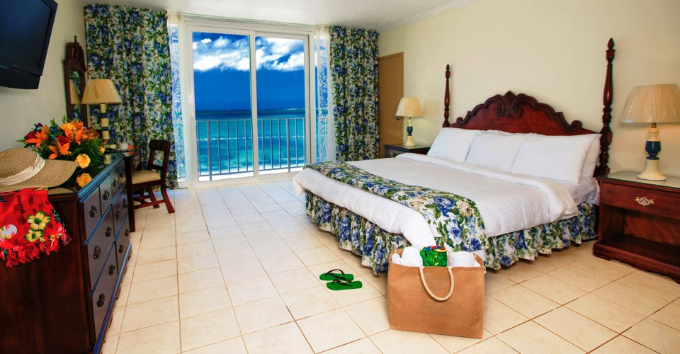 bzb_oceanfront_room