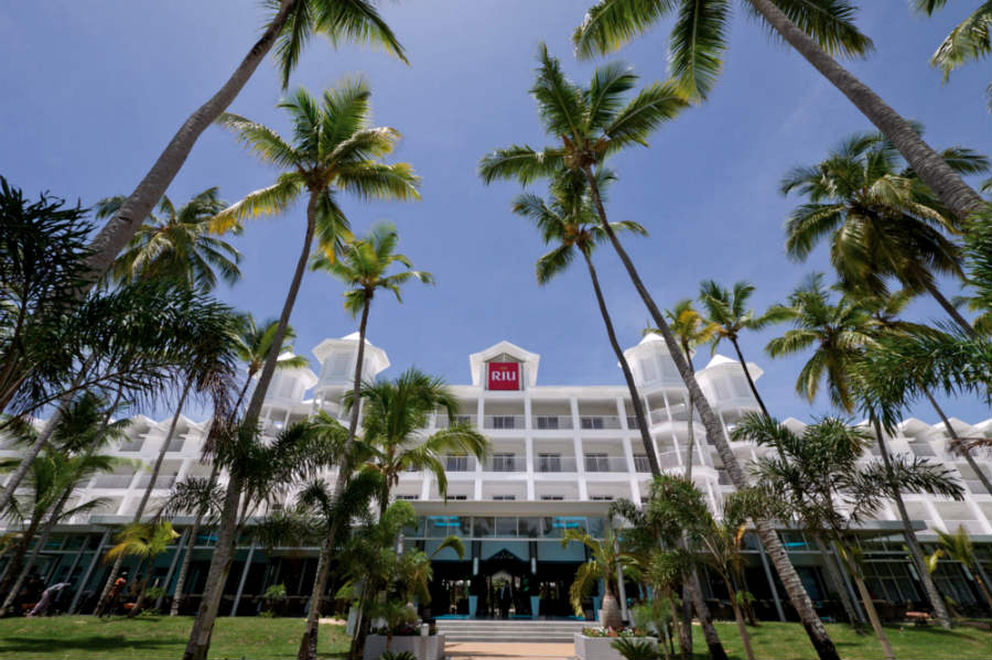 Hotel-RIU-Macao-Punta-Cana-Entrance