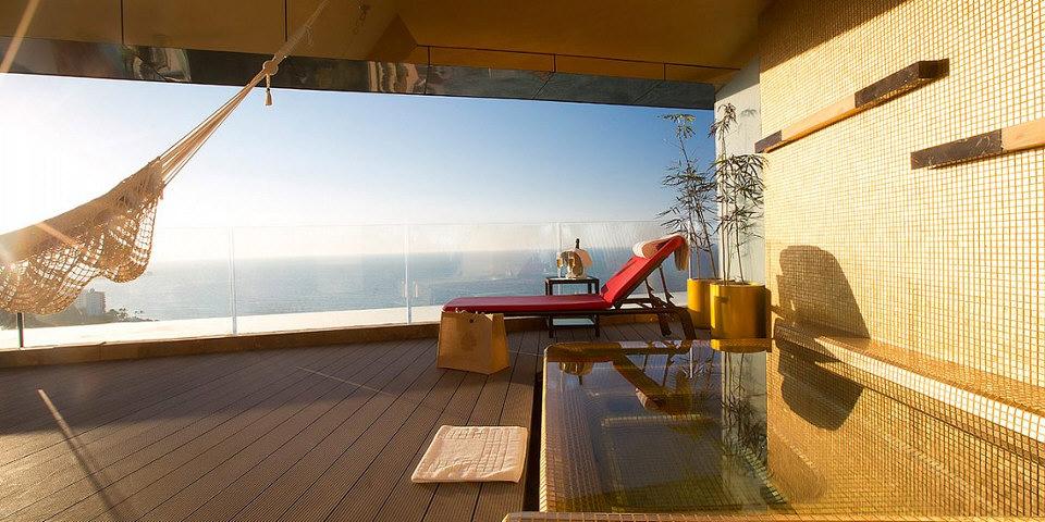 hotel-mousai-suite-patio