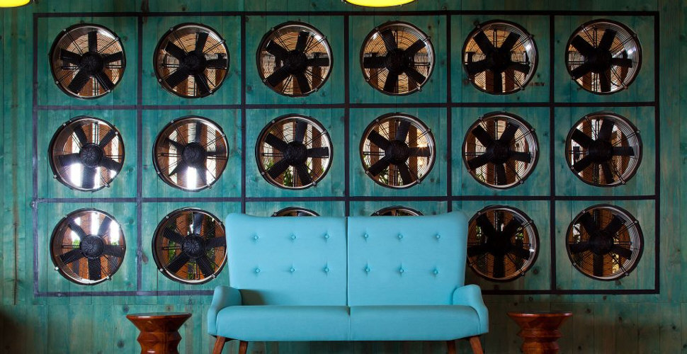 thompson-rvm-lounge
