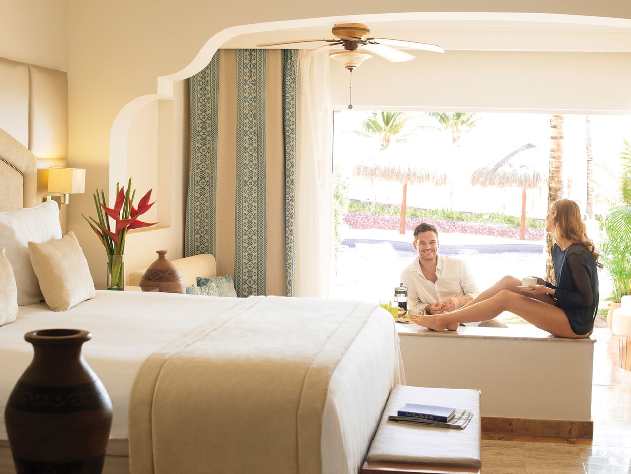 Excellence-Riviera-Cancun-Romantic-Getaways