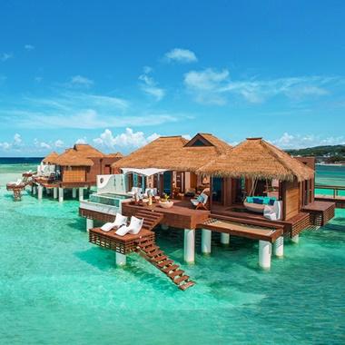 Sandals+Resorts